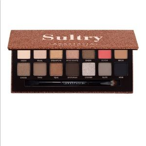 Anastasia Beverly Hills sultry pallet